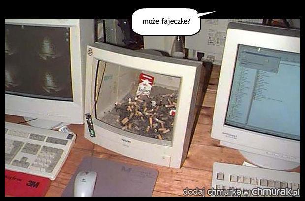 [Obrazek: 1206611_popielniczka-informatyka.jpg]