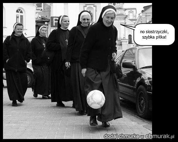 klasztor kontra reszta świata