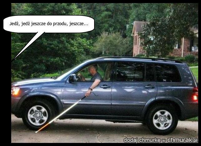 Niewidomi, widomi, nieważne - ważne, że każdego kierowcę obowiązuje kodeks drogowy!