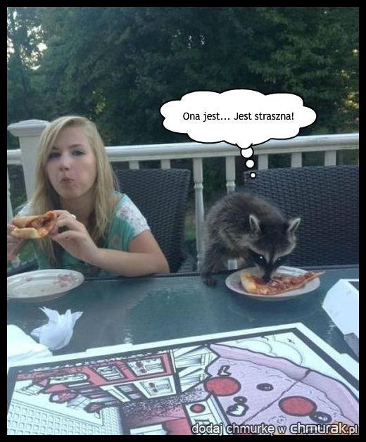 Nie chce jeść z tym potworem!