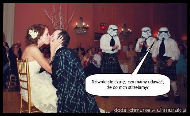 Stormtroopery na weselu.