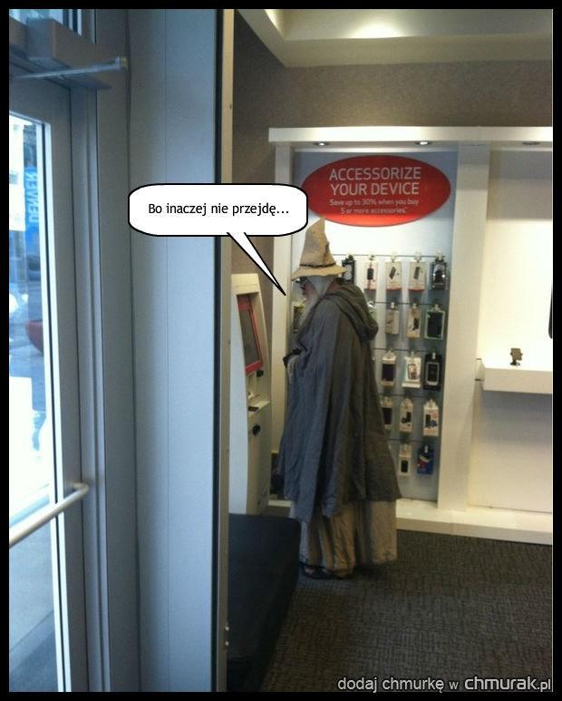 Gandalf musi wpisać hasło!